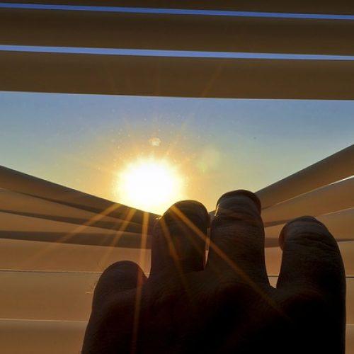 blinds-201173_640